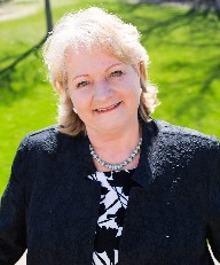Portrait of Pam Hickey