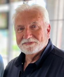 Portrait of Bob Larson