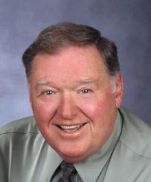 Portrait of Tom Mc Mahon