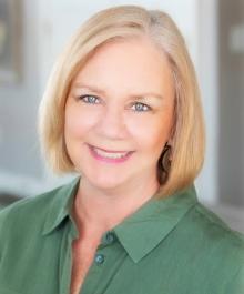 Portrait of Lisa Murray