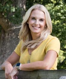 Portrait of Erin Rogosienski