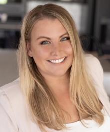 Portrait of Dana Nowland