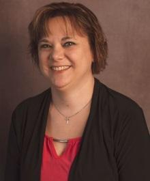 Portrait of Tammy Hintz