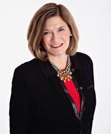 Portrait of Caroline Quinlan