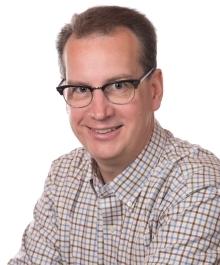 Portrait of Steve Petersen