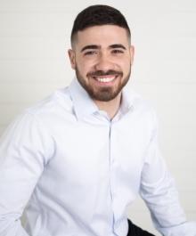 Portrait of Ben Tamim