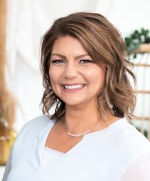 Portrait of Stephanie Herkowski