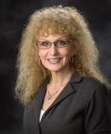 Portrait of Cindy Loyd