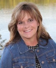 Portrait of Pam Halverson