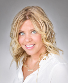 Portrait of Lisa Loesel