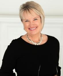 Portrait of Lori Fritz