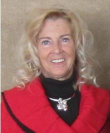 Portrait of Lynn Ross