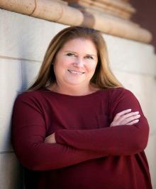 Portrait of Lisa Lindsay