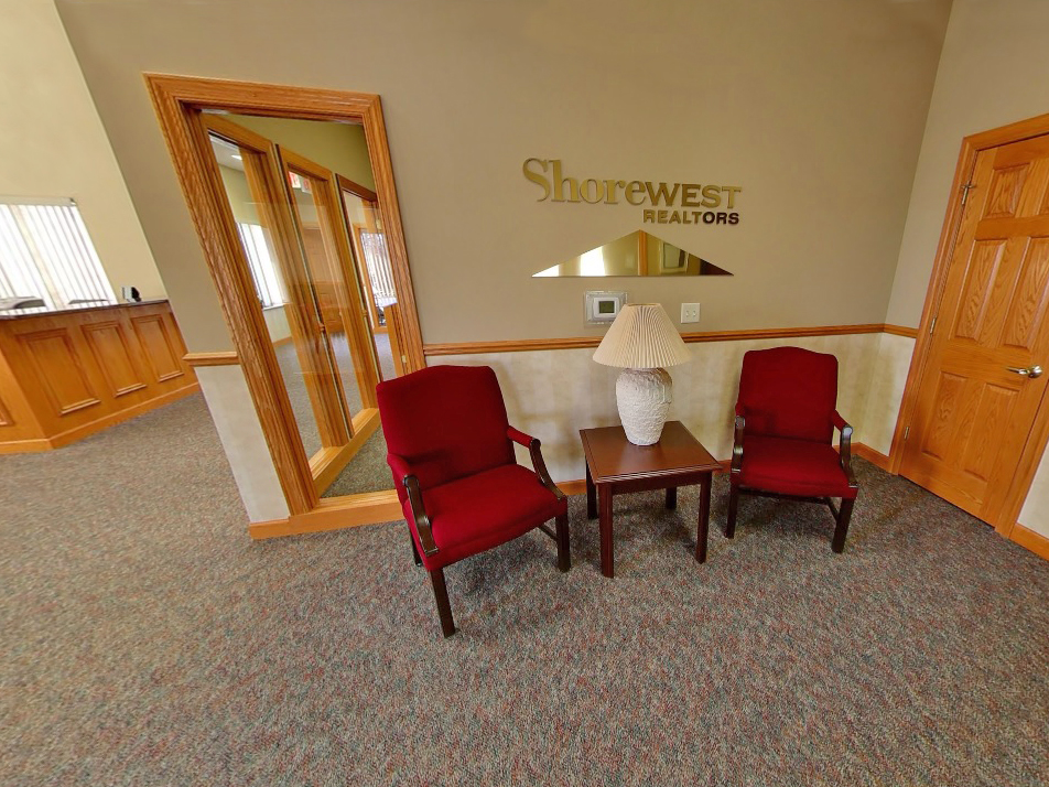 The Shorewest Realtors Janesville Rock County Office Is Located In Newer North End Of Wisconsin Serving Dane And Green Counties