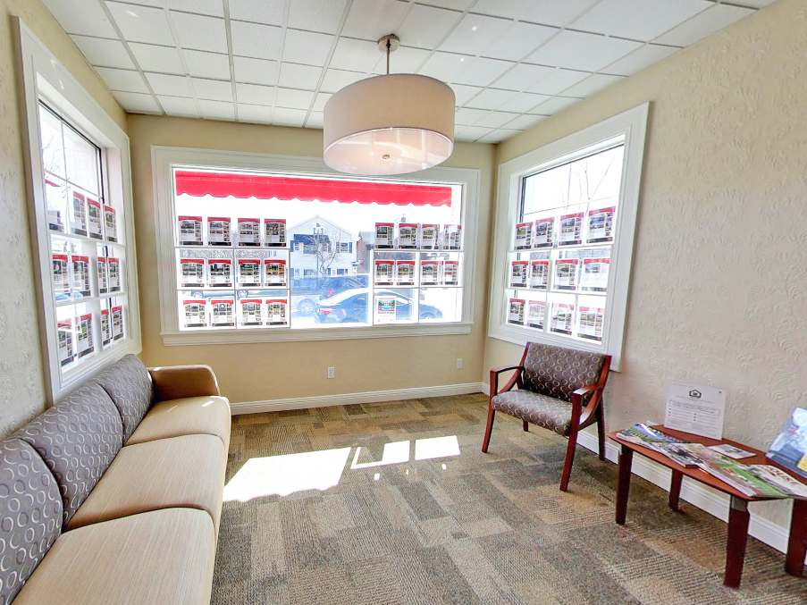 Located At The Gateway To Southeastern Wisconsinu0027s Lakes Area, Shorewest  Realtors Lake Geneva Office Boasts Maximum Visibility Right On Main Street  (Highway ...