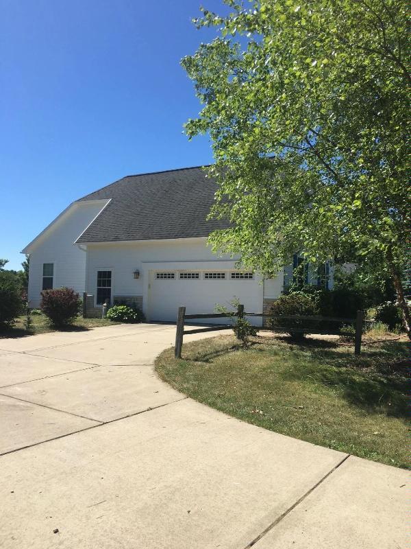950 Marshall Lakes Drive Dexter, MI 48130 by Berkshire Hathaway Homesvcs. $2,650