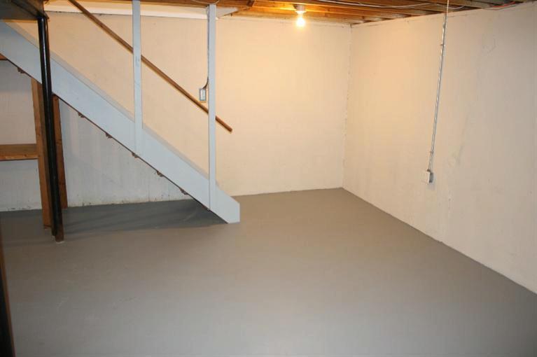 153 Sheffield Drive Saline, MI 48176 by Real Estate One $1,400