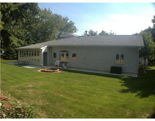 89 Golfview Ann Arbor, MI 48103 by Savarino Properties Inc $2,950