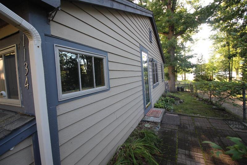 11134 Patterson Lake Drive,  Pinckney, MI 48169 by Howard Hanna $109,000