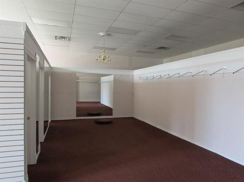 5204 Jackson Road Ann Arbor, MI 48103 by Michigan Commercial Realty $2,900