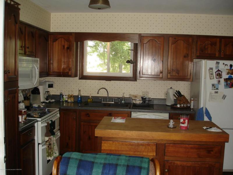 13198 Wacousta Road,  Grand Ledge, MI 48837 by C B Hubbell Briarwood-Delta $169,900
