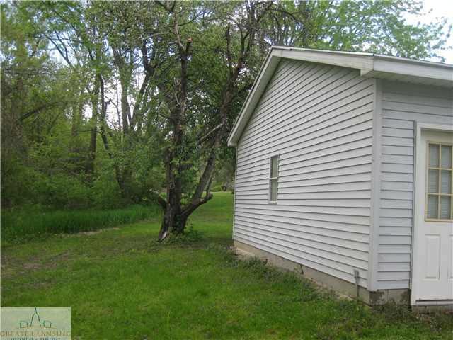 11323 W JOLLY Lansing, MI 48911 by Real Estate One $79,900