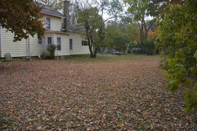 111 Locust St Clinton, MI 49236 by Irish Hills Realty $85,000