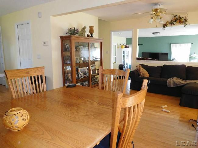 5540 Rays Dr. Onsted, MI 49265 by Xsell Realty $219,900