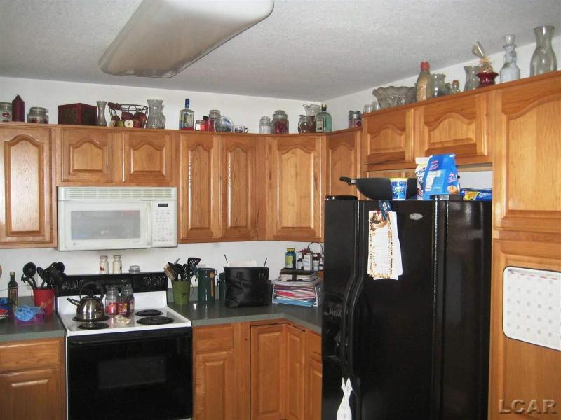 3122 Cobblestone Ridge Tecumseh, MI 49286 by Foundation Realty, Llc-Tecumseh $169,900