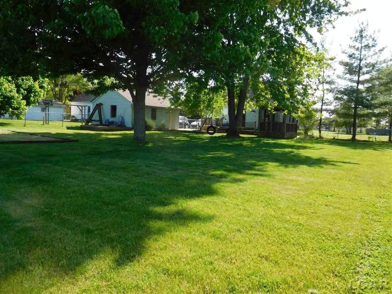 708 S Occidental Tecumseh, MI 49286 by Xsell Realty $110,000