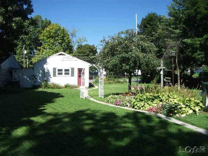 201 E Michigan Ave Clinton, MI 49236 by Foundation Realty, Llc-Tecumseh $239,900