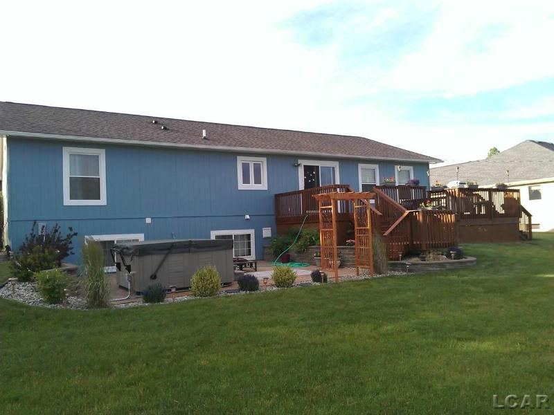 7499 Surrey Onsted, MI 49265 by Irish Hills Realty $169,900