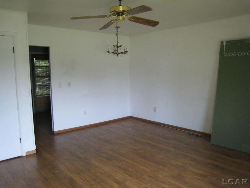 605 W Russell Rd Tecumseh, MI 49286 by Howard Hanna Real Estate Services-Tecumseh $79,999