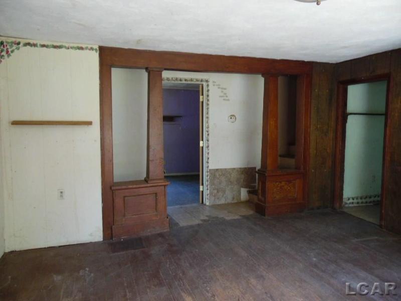 807 BRISTOL ST Adrian, MI 49221 by Goedert Real Estate - Adr $12,000
