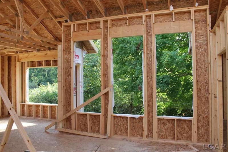 617 Shadow Brooke Lane Tecumseh, MI 49286 by Howard Hanna Real Estate Services-Tecumseh $269,900