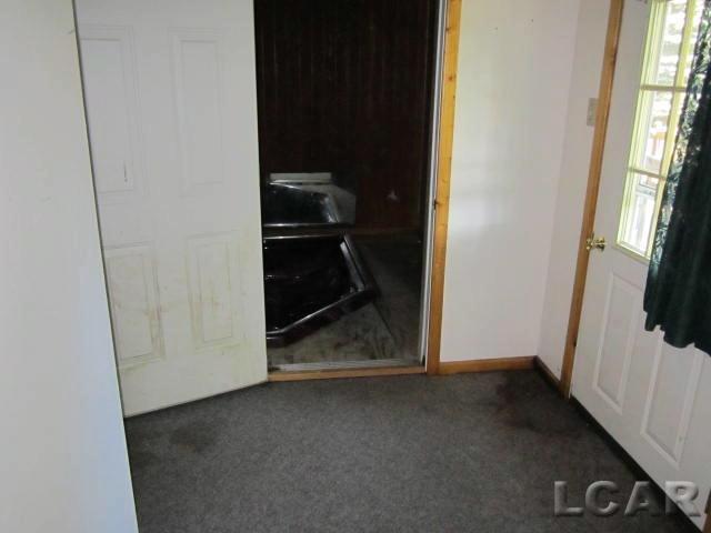 1083 Loren Rd Adrian, MI 49221 by Binns Realty Inc. $59,900