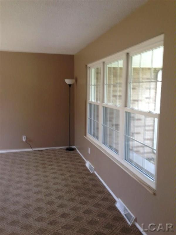 11 Ridgemont Drive Adrian, MI 49221 by Howard Hanna Real Estate Services-Adrian $144,900