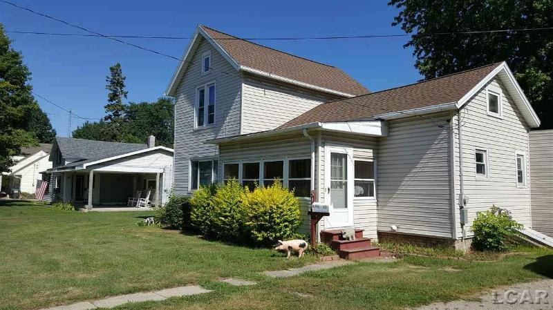 510 W Adrian Blissfield, MI 49228 by Real Estate 4u $69,900
