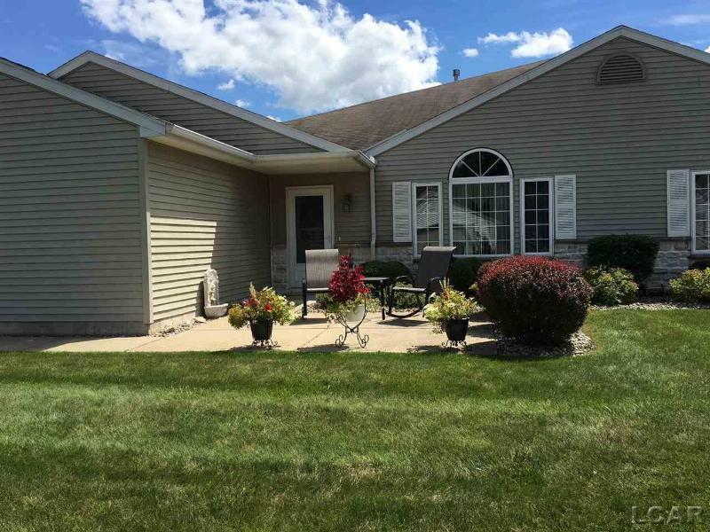 2701 Lakewood Adrian, MI 49221 by Howard Hanna Real Estate Services-Tecumseh $117,500