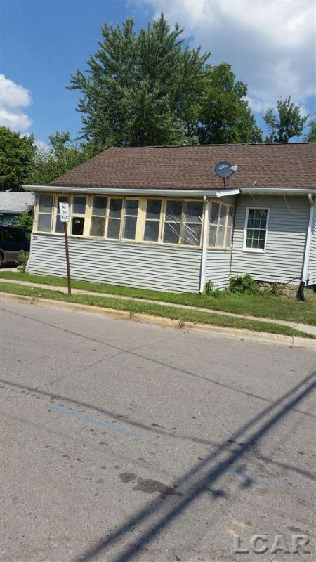 667 James Adrian, MI 49221 by Xsell Realty $32,900