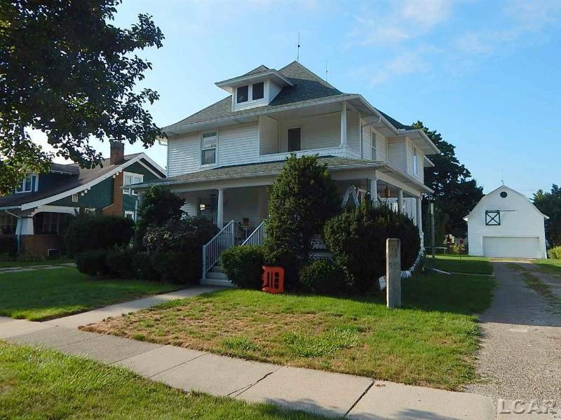 208 White St Blissfield, MI 49228 by Binns Realty Inc. $157,400