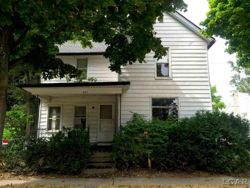 221 Ormsby Adrian, MI 49221 by Re/Max Main Street Realty $45,000
