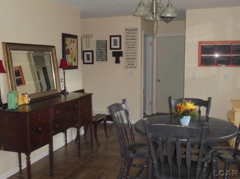 1305 WESTHAVEN BLVD Tecumseh, MI 49286 by Goedert Real Estate - Adr $142,900