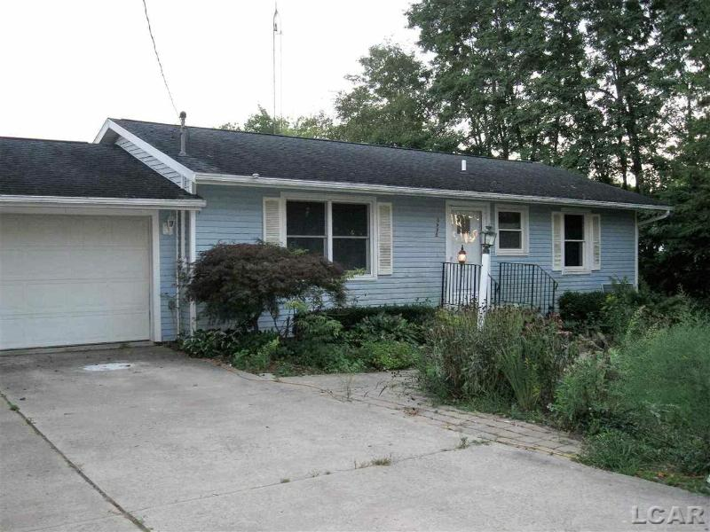 5995 Forrister Adrian, MI 49221 by Foundation Realty, Llc $108,000