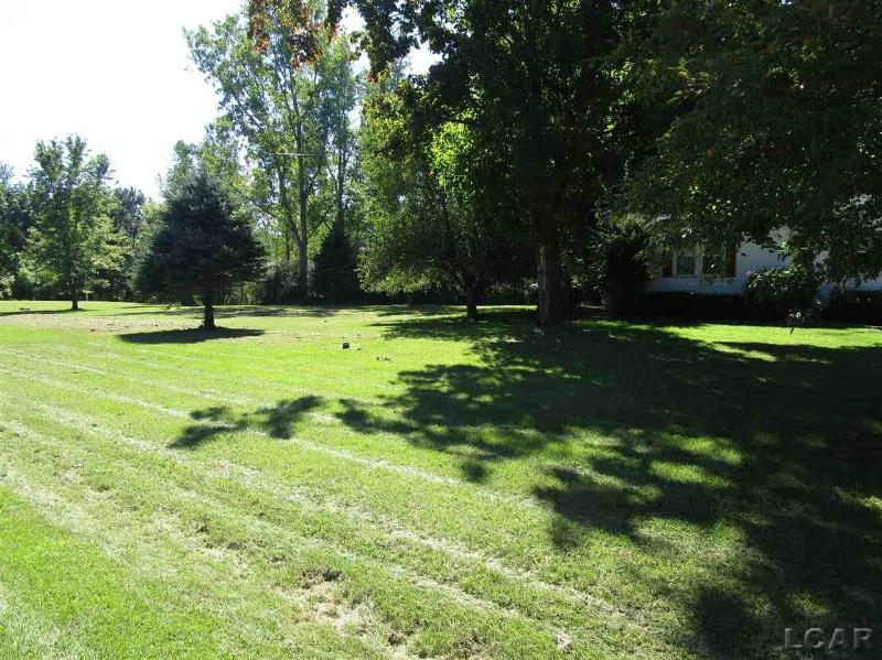 3130 Hill Drive Adrian, MI 49221 by Howard Hanna Real Estate Services-Adrian $109,900