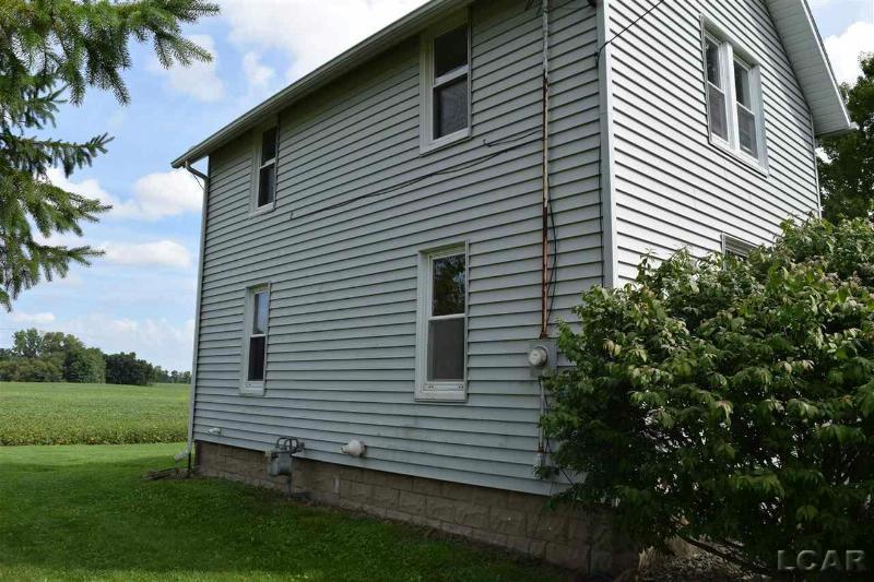 5702 Shepherd Rd Adrian, MI 49221 by Irish Hills Realty $128,000