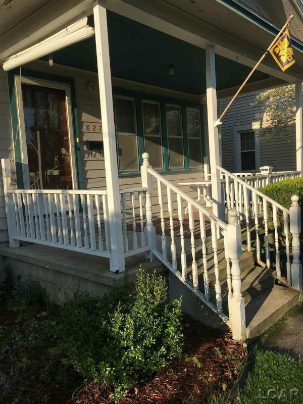 827 Michigan Ave Adrian, MI 49221 by Foundation Realty, Llc-Tecumseh $69,500