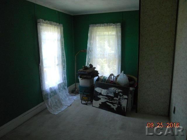 6215 E Horton Blissfield, MI 49228 by Kyle Cranor Realty $99,900