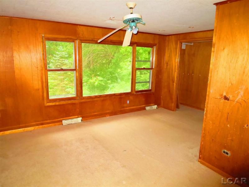 2037 Lakeview Drive Brooklyn, MI 49230 by Howard Hanna Real Estate Services-Adrian $69,000