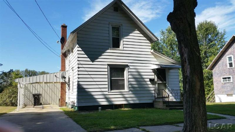 302 ORCHARD ST Morenci, MI 49256 by Gil Henry & Associates $39,900